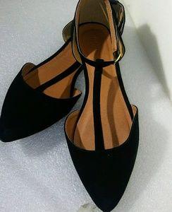 New Charlotte Russe black velvet T strap Flats